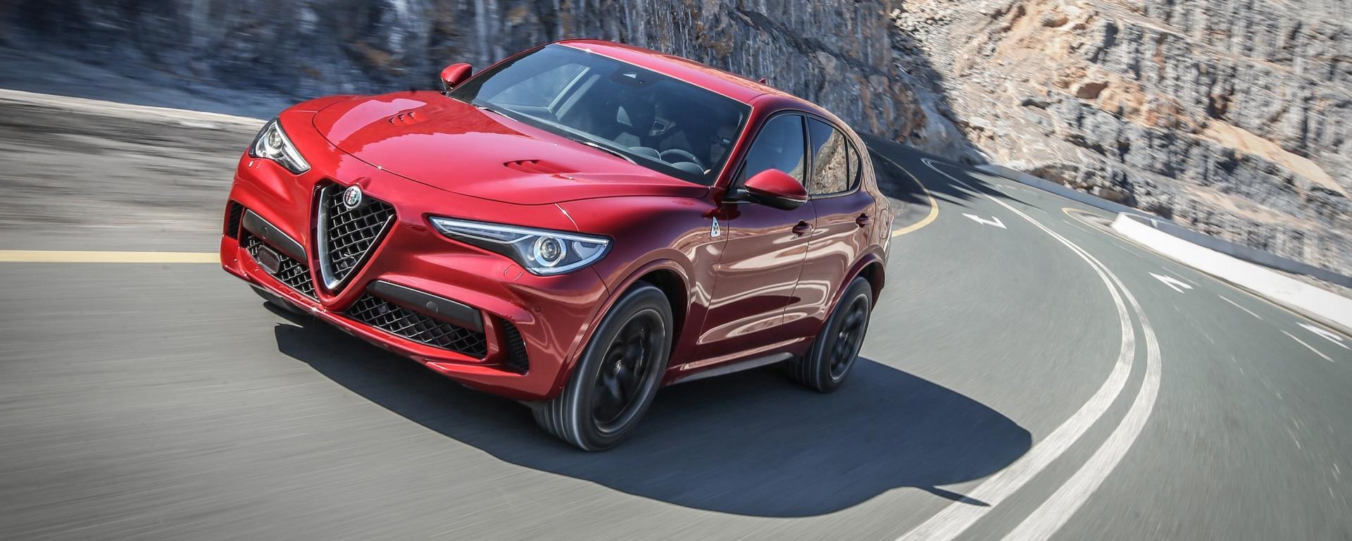 Alfa Romeo Stelvio Quadrifoglio: per i tedeschi è il suv dell'anno