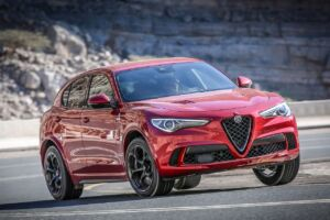 Alfa Romeo Stelvio Quadrifoglio nominato veicolo più divertente dalla Northwest Automotive Press Association