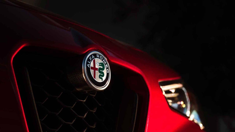 Alfa Romeo Giulia, Stelvio e Giulietta Nero Edizione sbarcano in UK