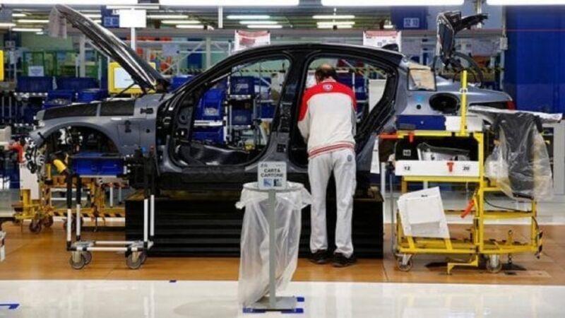 FCA, Mirafiori: orario di lavoro ridotto del 57% per gli addetti alle presse