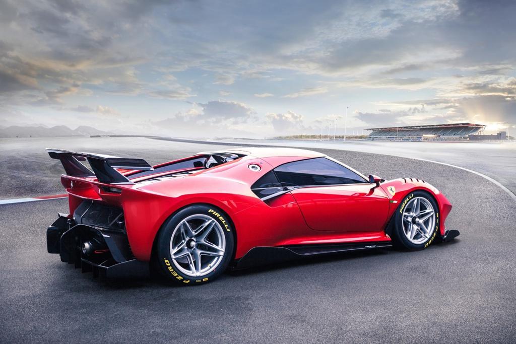 Si chiama Ferrari P80/C ed è stata disegnata dal Centro Stile Ferrari, sotto la direzione di Flavio Manzoni.