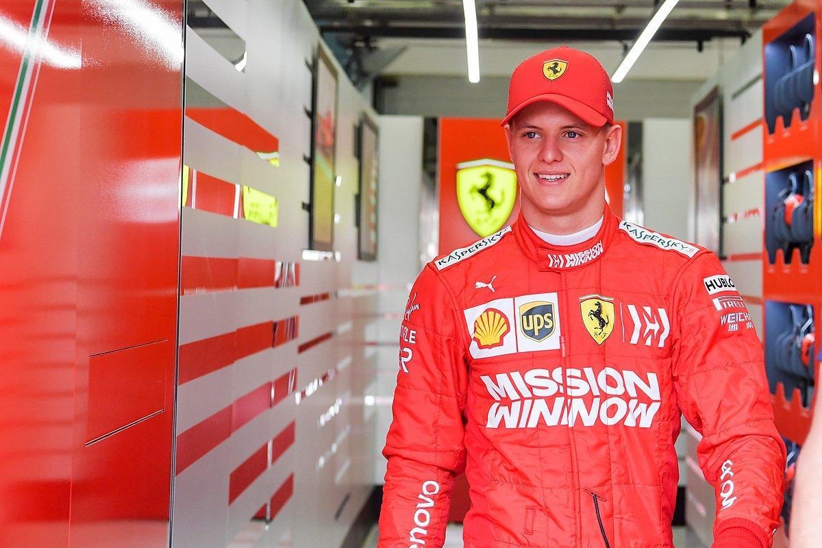 F1: test Bahrain, esordio in Ferrari per Schumi jr