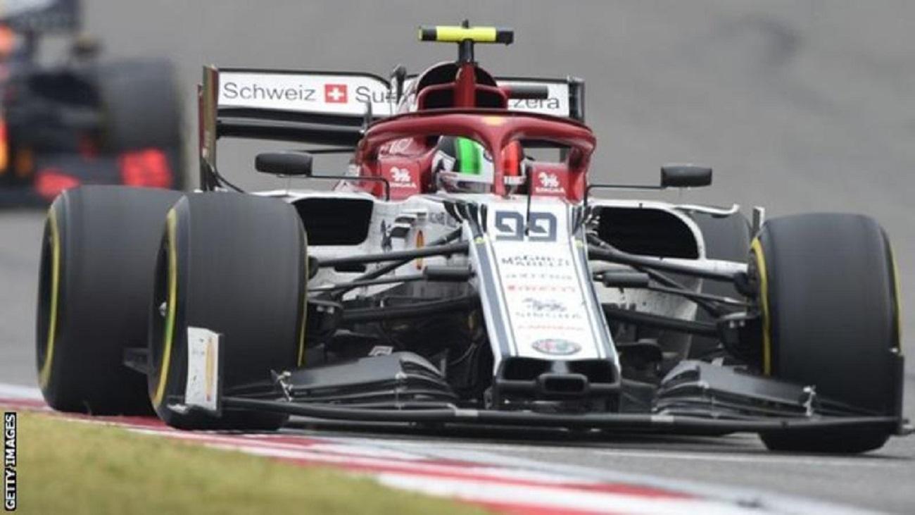 Antonio Giovinazzi, il pilota della Alfa Romeo Racing in Formula 1 è diventato il primo pilota nel 2019 a subire una penalità in griglia