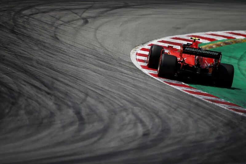 La Ferrari continua a lottare con la strategia