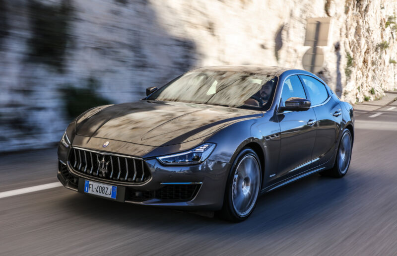 Maserati Ghibli PHEV
