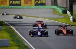 Vettel si lamenta della tattica Ferrari in qualifica