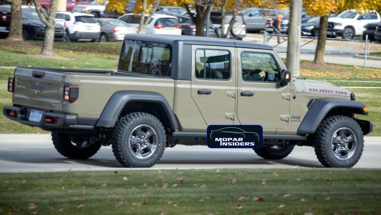 SpyShot: Jeep Gladiator Rubicon 2020 con guida a destra