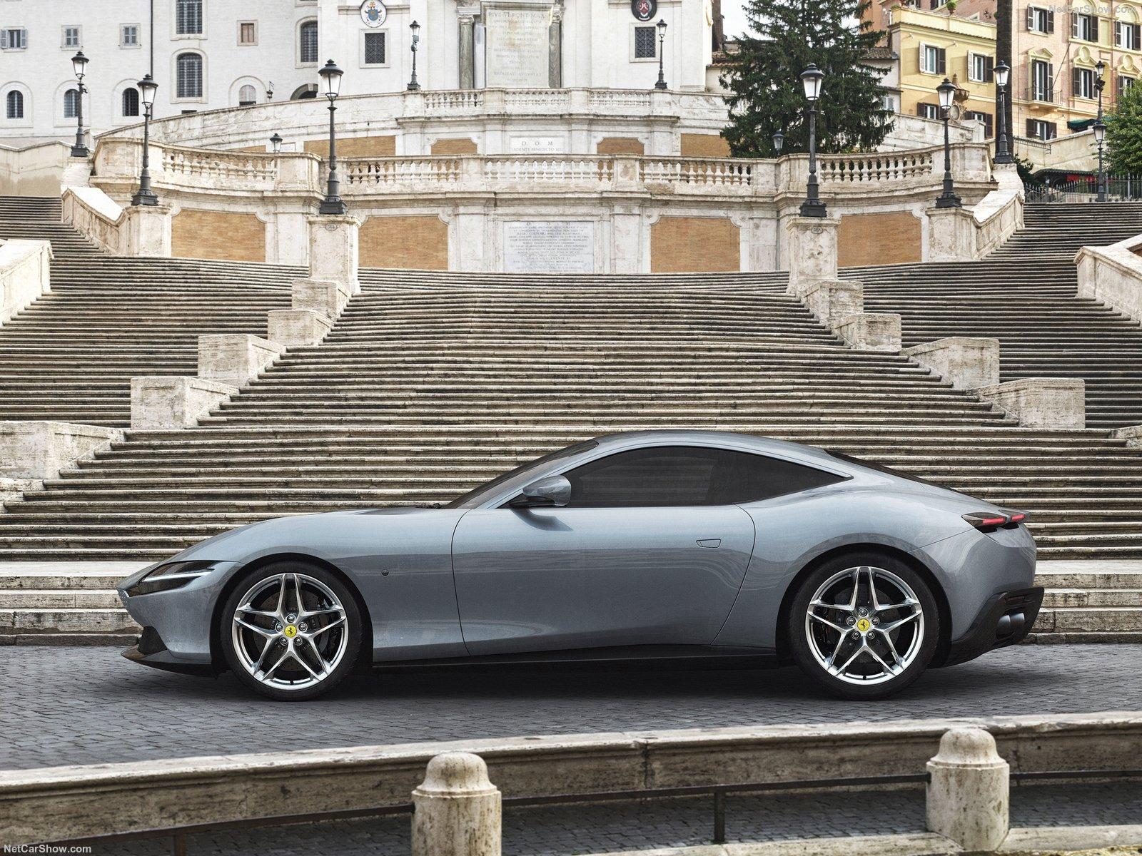 Ferrari Roma: l'unione dello stile con la capitale italiana