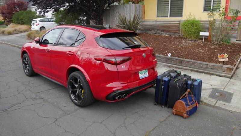 Alfa Stelvio: test capienza bagagli