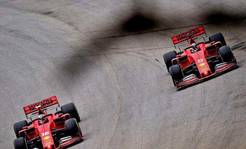Ferrari convoca nuovamente i piloti dopo l'incidente in Brasile