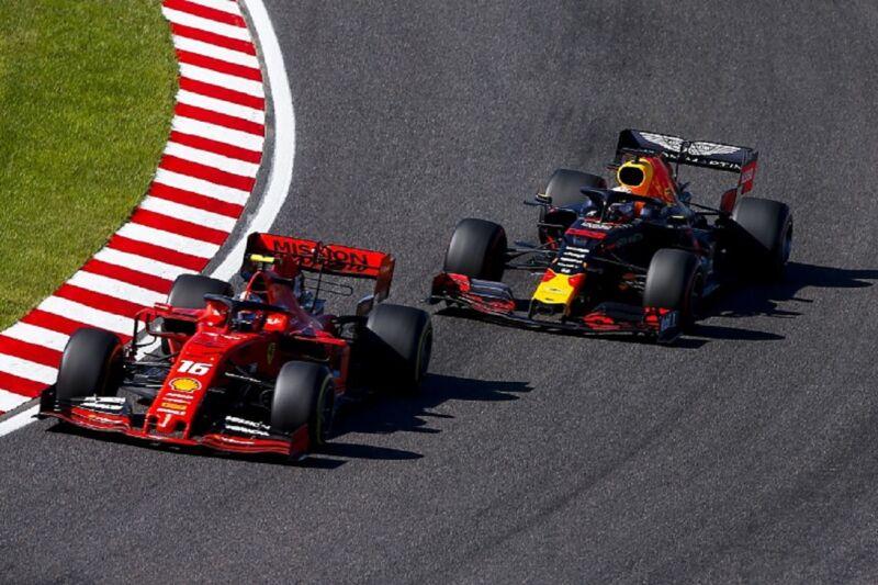 Leclerc e Verstappen