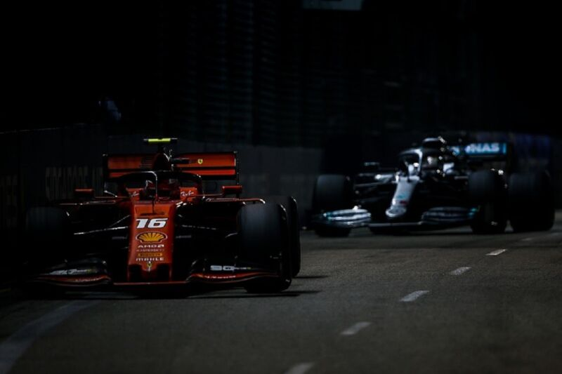 Leclerc darebbe il benvenuto ad Hamilton come compagno di squadra alla Ferrari
