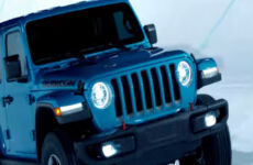 "Lo spot TV ""Holy Jeep"" è candidato Best in Snow 2020"