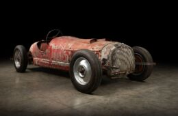 Scoperta una rara Alfa Romeo appartenuta a Mussolini