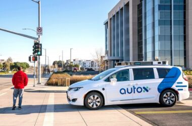 Fiat Chrysler: in arrivo in Cina il servizio di Robot Taxi