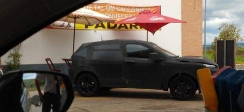 Fiat: fotospia del nuovo suv compatto su base Argo