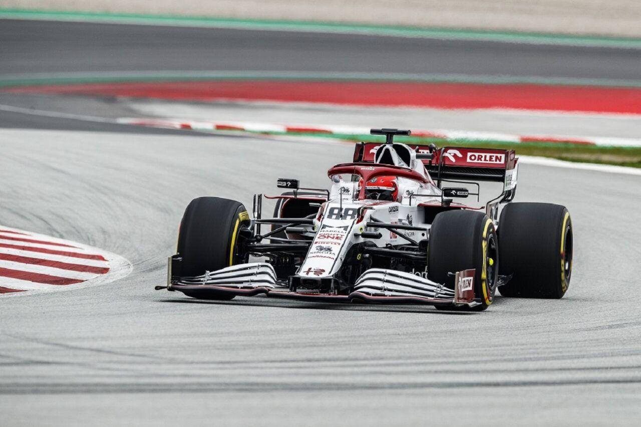 Alfa Romeo C41: le foto del debutto in pista con Robert Kubica