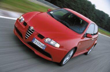 Alfa Romeo 147 GTA: tornano in produzione i paraurti