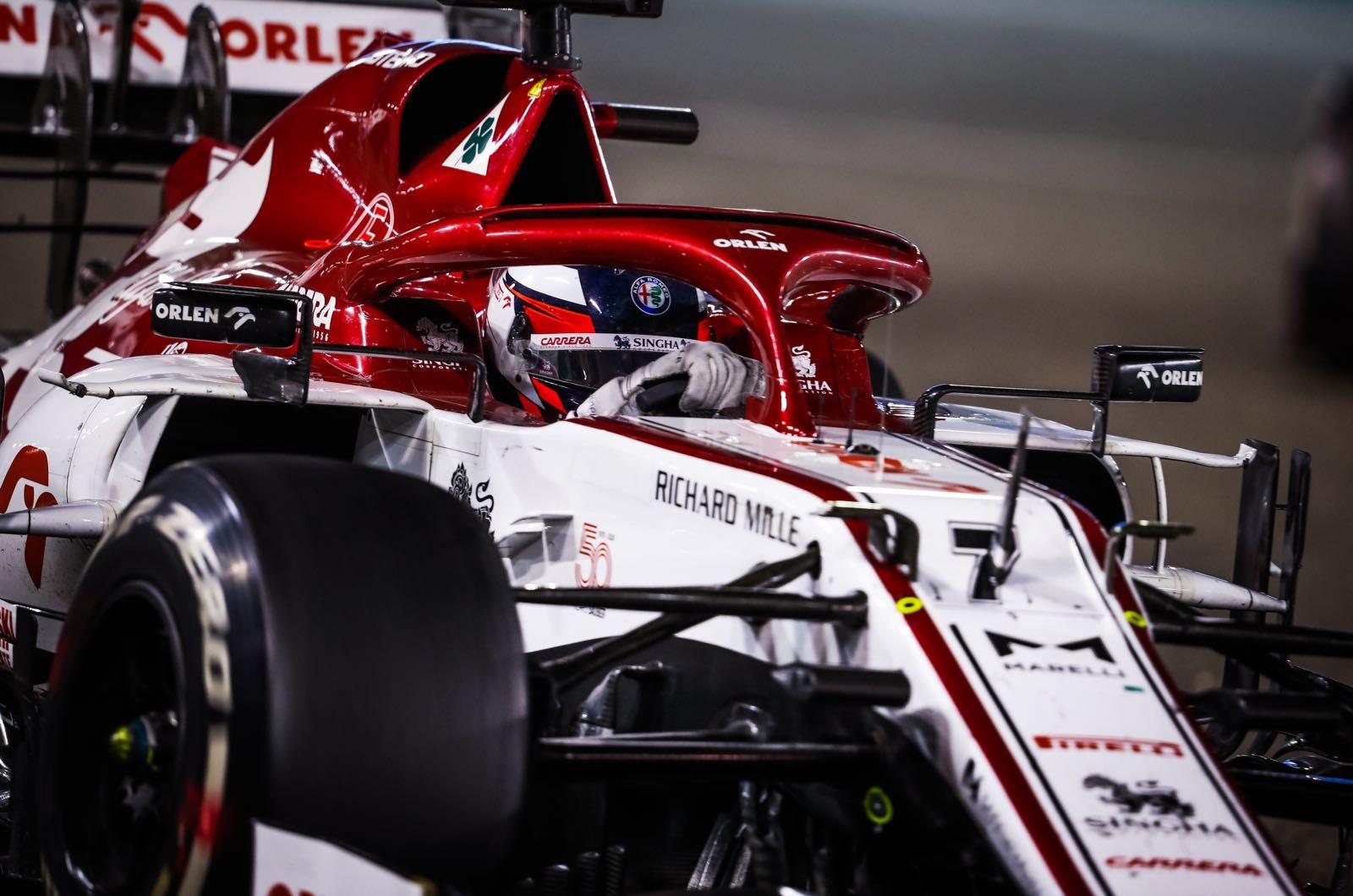 """Russell: """"Alfa Romeo ha fatto più progressi di tutti nel 2021"""""""
