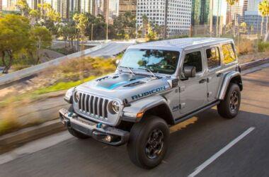 Jeep crea una rete di ricarica per la 4xe: arriva la ricarica elettrica nei sentieri fuoristrada americani
