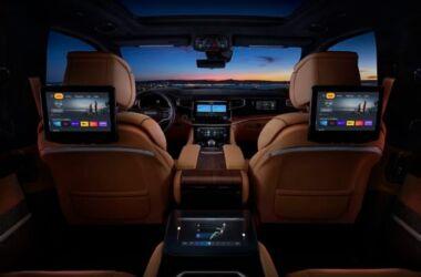 Jeep Wagoneer: la tecnologia di bordo