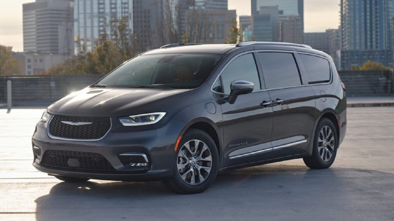 "Good Housekeeping nomina la Chrysler Pacifica Hybrid 2021 il suo ""miglior minivan ibrido""!"