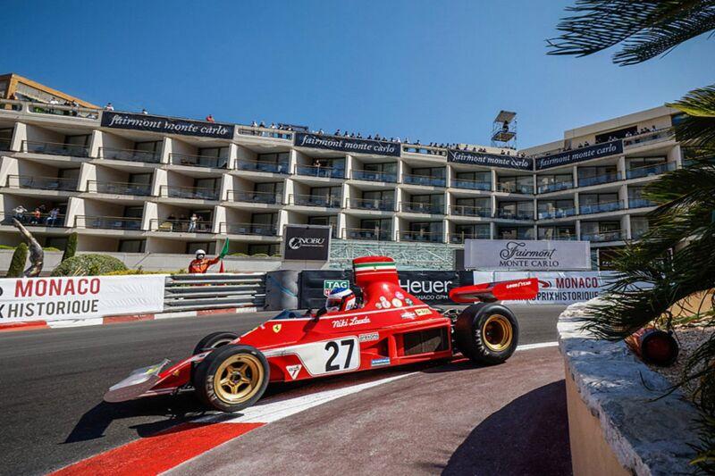 Jean Alesi eliminato dal GP storico di Monaco mentre era al comando con la Ferrari