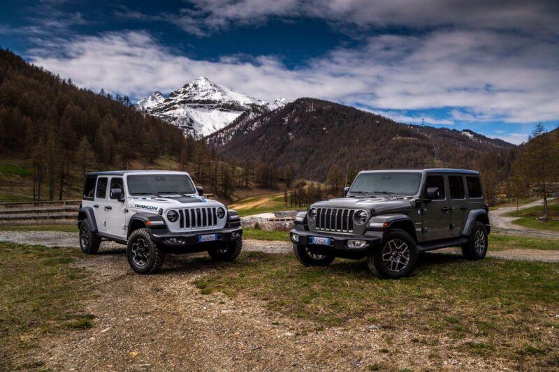 La nuova Jeep Wrangler 4xe ibrida plug-in arriva in Portogallo a giugno
