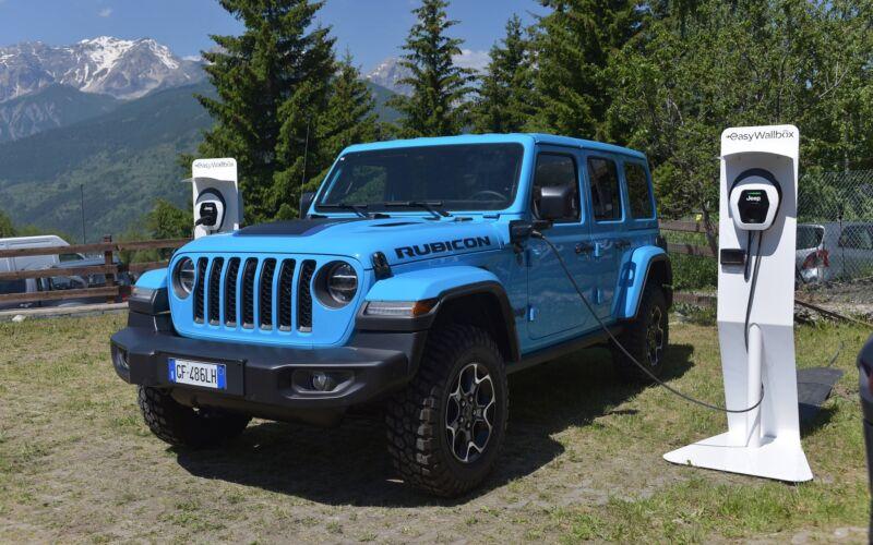 jeep-wrangler-4xe