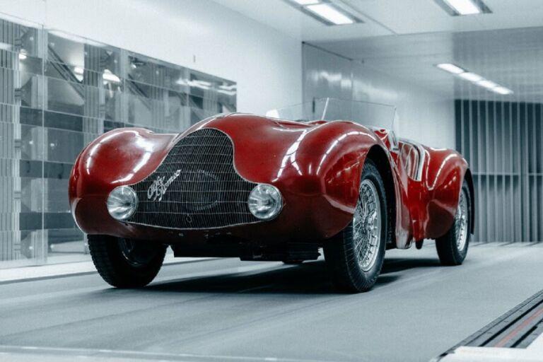 Alfa Romeo 12C Prototipo torna a ruggire e lo fa in grande stile