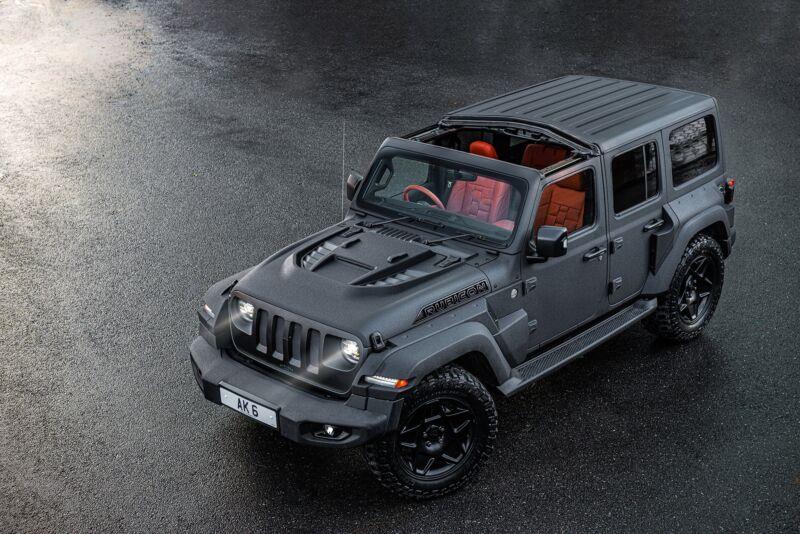 Jeep Wrangler Black Hawk
