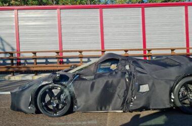 Cosa nasconde la Ferrari con questo misterioso nuovo prototipo?